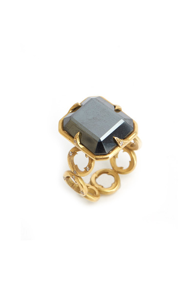 Sylva & Cie - Gold Thorn Hematite Ring
