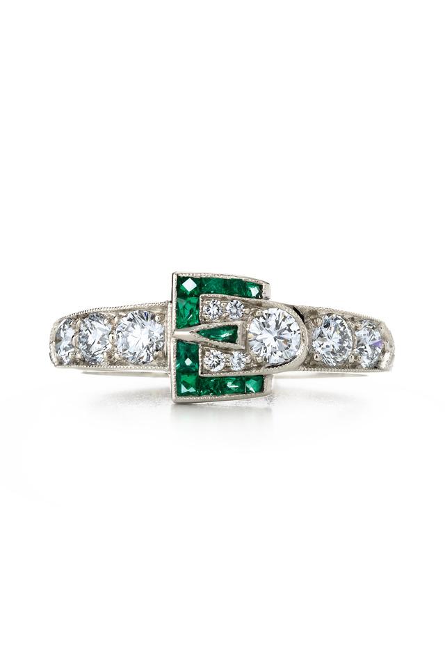 18K White Gold Diamond & Emerlad Buckle Ring
