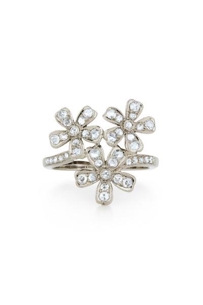 Kwiat - Vintage White Gold 3 Flowers Diamond Ring