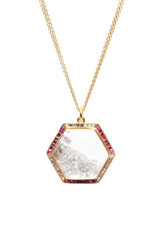 Yellow Gold Diamond & Ruby Rim Shake Necklace