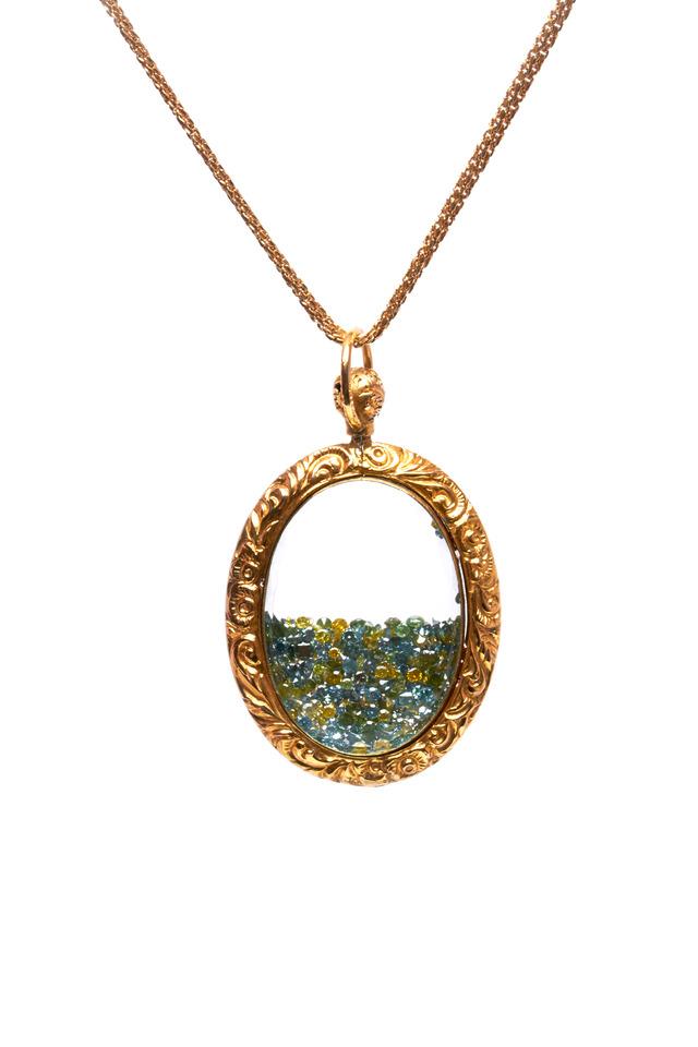 Yellow Gold Mixed Diamond Shake Necklace