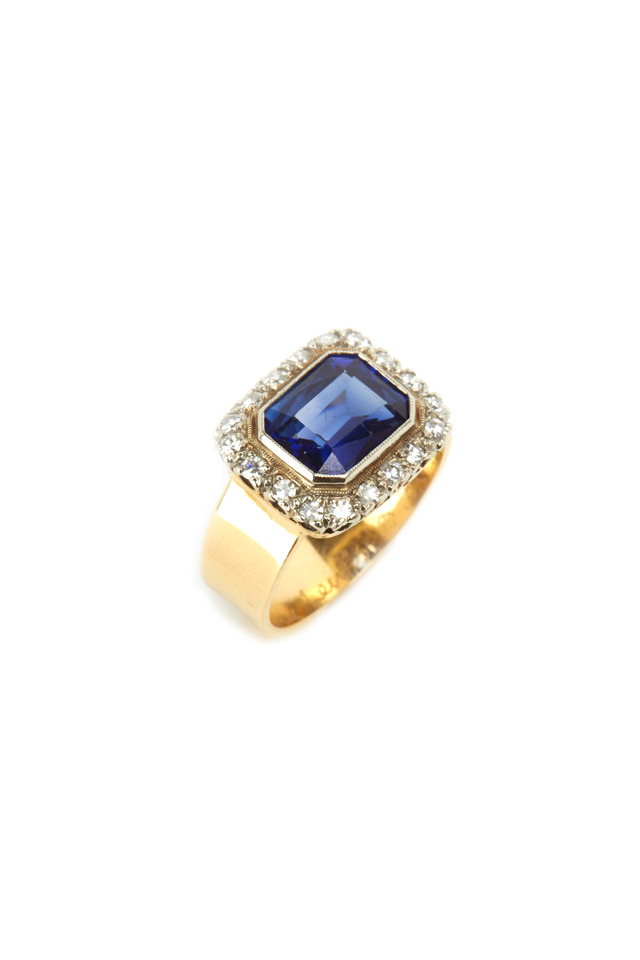 Yellow Gold Natural Sapphire Antique Diamond Ring