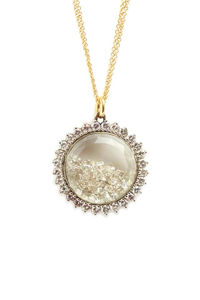 Yellow Gold White Diamond Shake Necklace