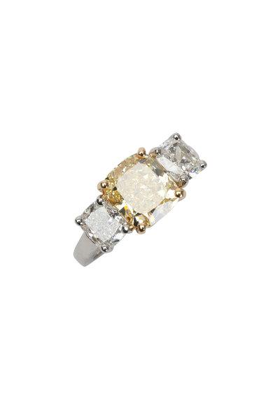 Oscar Heyman - Platinum Yellow Diamond Ring