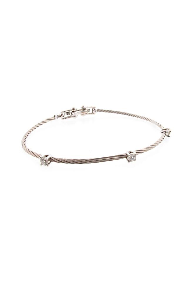18K White Gold Diamond Wire Bracelet